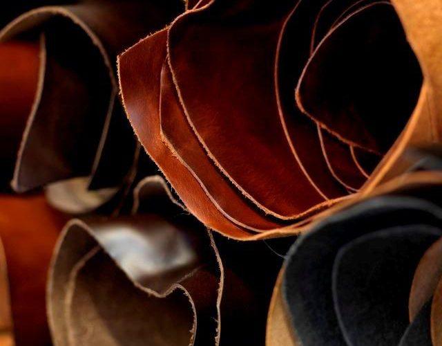 https://tradetimetoolbags.com.au/wp-content/uploads/2019/05/Leather-Hides-640x500.jpg